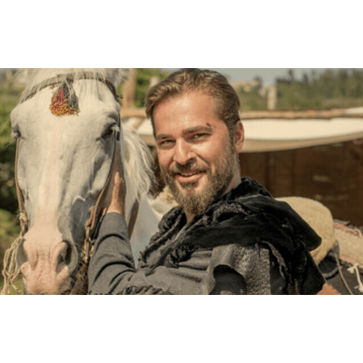 Engin Altan (Ertugrul): Bio, Age, Family, Wife, Career, Facts icon